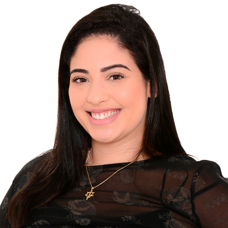 https://chebabi.com/wp-content/uploads/2021/06/Juliana-Teixeira-de-Campos.jpg